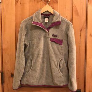 Patagonia pullover fleece with kangaroo pocket